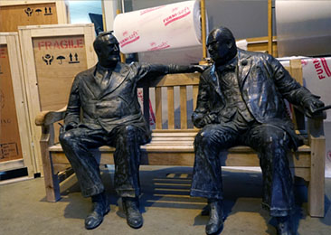 Sculpture of Winston Churchill and Franklin Roosevelt