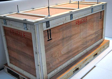 Wooden case for exporting valuable equipment